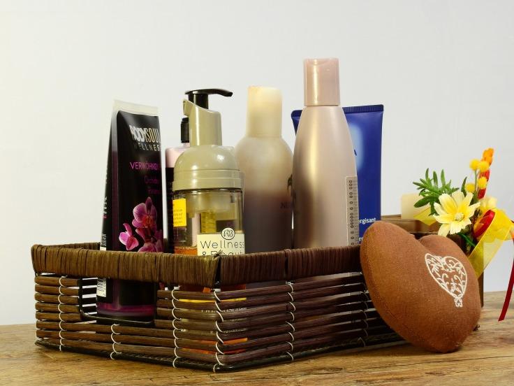 cosmetics-2389779_1920