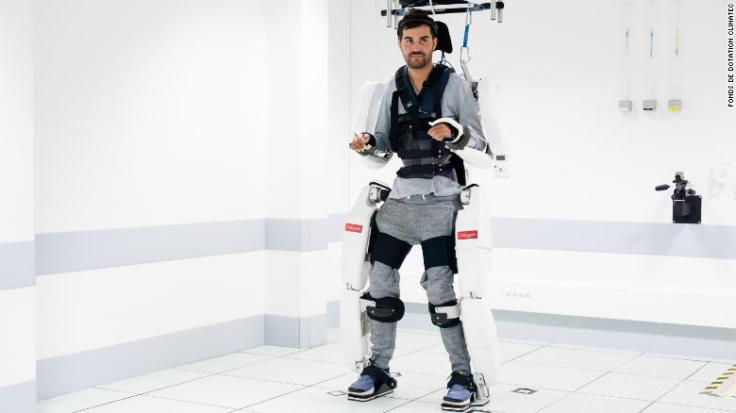 191004105310-01-paralyzed-man-robotic-suit-exlarge-169